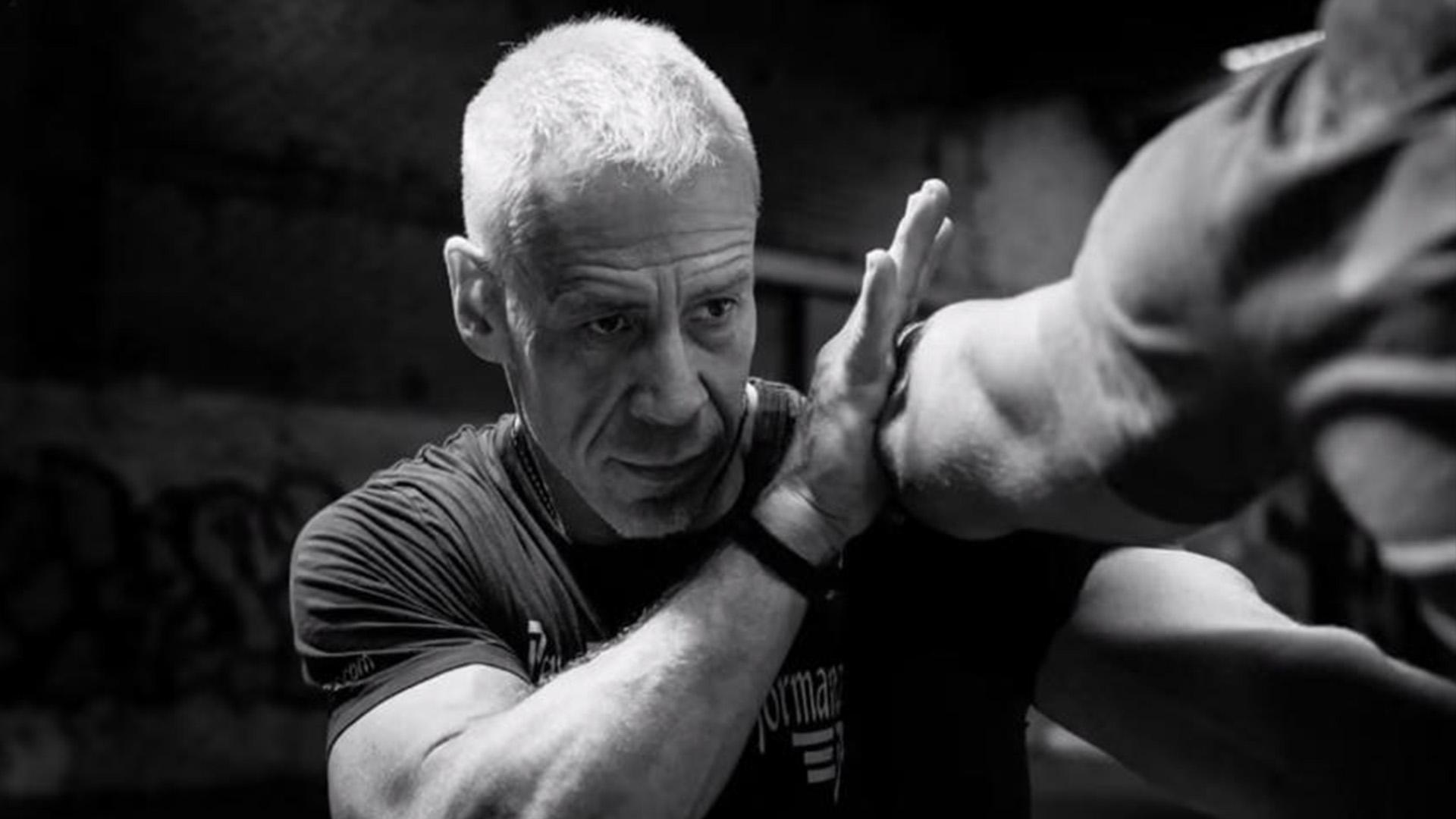 Peter Lange beim Boxtraining